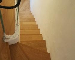 Habillage d'un escalier béton en chêne