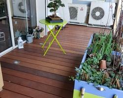 Terrasse en ITOBA huilé - Vis cachées par des bouchons bois - Finition Huilée