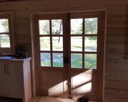 Porte double vitrée , meuble en sapin